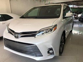 Sell White 2019 Toyota Sienna in Quezon City