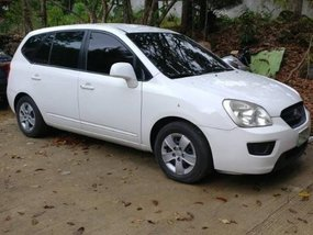 2nd Hand Kia Carens 2009 at 90000 km for sale