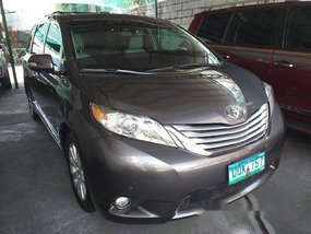 Grey Toyota Sienna 2013 for sale in Manila