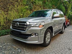2nd Hand Toyota Land Cruiser 2011 at 44000 km for sale in Makati