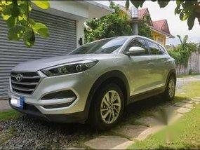 Silver Hyundai Tucson 2017 at 20000 km for sale in Marikina