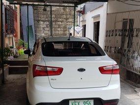 Selling White Kia Rio 2012 at 79000 km