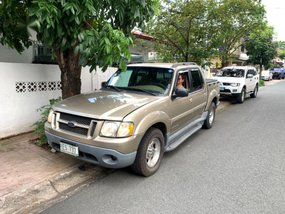 Selling Ford Explorer 2003 at 118814 km in Cainta
