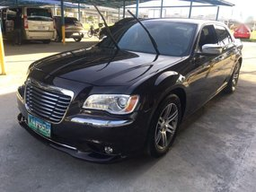 Sell 2nd Hand 2013 Chrysler 300c at 48000 km in Pasig