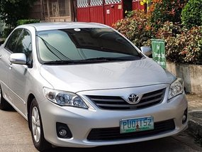 2nd Hand Toyota Altis 2011 at 80000 km for sale