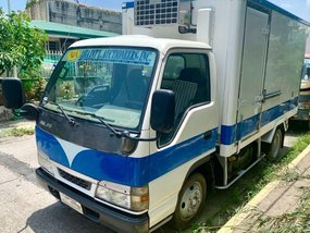 Selling Isuzu Elf 2018 Van Manual Diesel in Pasig