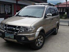 Selling 2nd Hand Isuzu Sportivo X 2014 in Santo Tomas