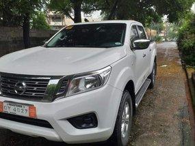 White Nissan Navara 2017 Truck at 50000 km for sale