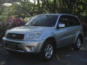 Selling 2nd Hand Toyota Rav4 2004 in Cebu City