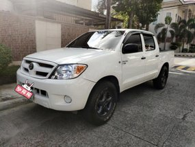 Selling Toyota Hilux 2008 at 110000 km in Cainta