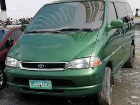 Selling Green Toyota Granvia 1995 at 100000 km in Caloocan