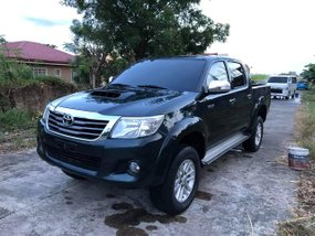 Sell Used 2013 Toyota Hilux Manual Diesel in Isabela