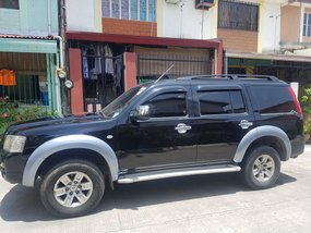 Black Ford Everest 2008 for sale in Bacoor