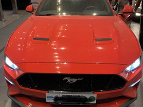 Red Ford Mustang 2018 at 2000 km for sale in Manila