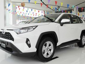 Selling Brand New Toyota Rav4 2019 in Santa Rosa
