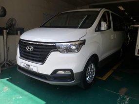 Selling Hyundai Starex 2019 in Makati