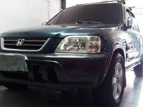 Selling Green Honda Cr-V 1998 in Makati