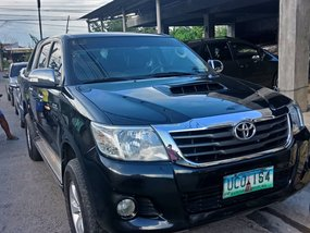 Selling Used Toyota Hilux 2013 Manual Diesel at 60000 km