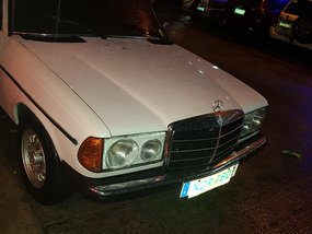 1982 Mercedes-Benz 260 Manual Gasoline for sale