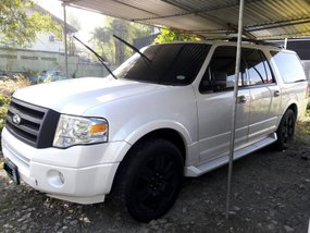 Sell White 2011 Ford Expedition at 78957 km in Quezon City