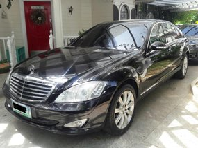 Black 2009 Mercedez-Benz S-Class at 20000 km for sale