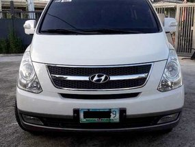 White 2010 Hyundai Grand Starex Automatic Diesel for sale