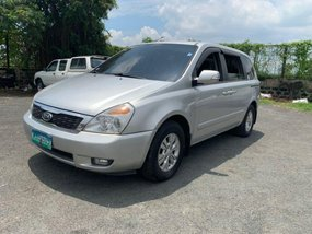 Sell 2013 Kia Carnival Van in Quezon City