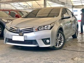Sell 2015 Toyota Corolla Altis Sedan Automatic Gasoline at 45000 km