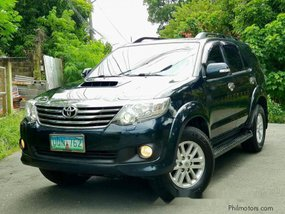 Selling Grey Toyota Fortuner 2013 Manual Diesel at 34000 km