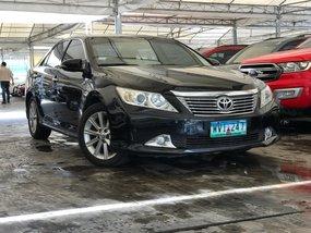 Selling 2013 Toyota Camry Sedan for sale in Makati