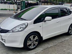 White Honda Jazz 2013 for sale in Bulacan