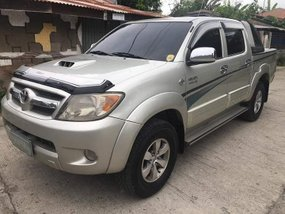 Sell 2nd Hand 2005 Toyota Hilux Automatic Diesel