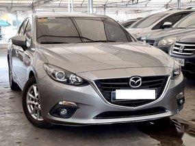 Selling 2016 Mazda 3 Hatchback in Makati