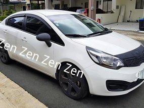Selling 2013 Kia Rio Sedan Automatic Gasoline