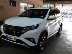 White 2018 Toyota Rush Automatic Gasoline for sale