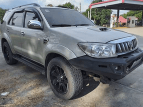 Selling Used Toyota Fortuner 2009 at 60846 km in Manila