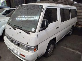 Sell White 2015 Nissan Urvan at 99000 km