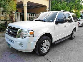 White Ford Expedition 2011 Automatic Gasoline for sale in Cavite City
