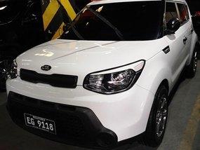 White Kia Soul 2017 for sale in Manila