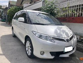 Selling Toyota Previa 2013 Automatic Gasoline