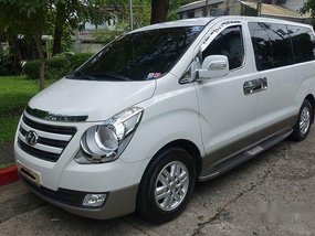 Sell White 2018 Hyundai Grand Starex at 16000 km