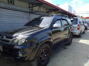 Selling Black Toyota Fortuner 2008 Automatic Gasoline in Tacloban