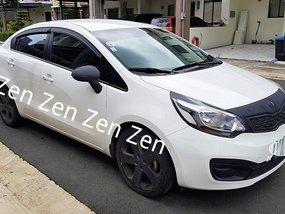 Sell White 2013 Kia Rio Sedan at 45977 km