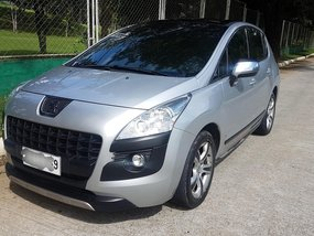 Silver Peugeot 3008 2013 at 95000 km for sale