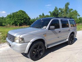 Selling Silver Ford Everest 2005 Automatic Diesel
