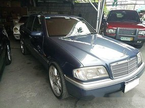 Selling Blue Mercedes-Benz C200 1995 Automatic Gasoline