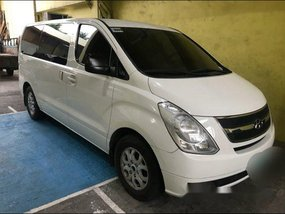 Selling White Hyundai Grand Starex 2012 at 55000 km