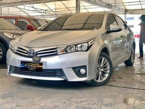 Silver Toyota Corolla Altis 2015 at 45000 km for sale