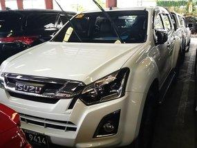 Selling White Isuzu D-Max 2017 Truck in Manila