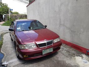 Red Nissan Sentra 2000 at 118000 km for sale